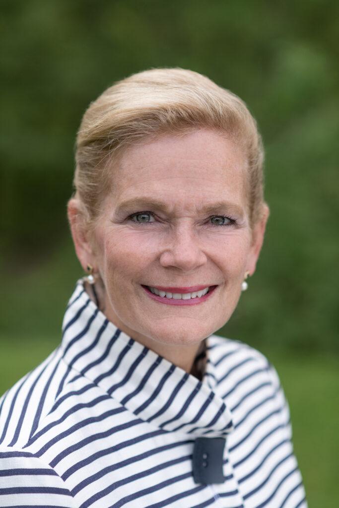 Portrait of President Lisa Oliver